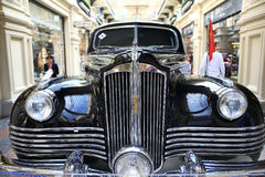 Moscow, RUSSIA – SEPTEMBER 12: Exhibition of rare vintage cars in GUM on SEPTEMBER  4, 2014 Royalty Free Stock Photos