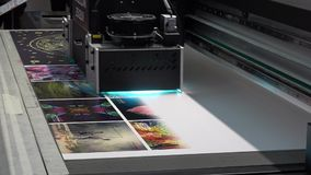 Flatbead UV printer Magellan, close up view of printing process