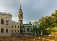 moscow St Nicholas Church på Rogozhskyen Fotografering för Bildbyråer
