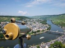 Moselen på Bernkastel-Kues royaltyfri fotografi
