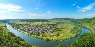 Moselle River Valley nära Punderich, Tyskland Royaltyfria Bilder