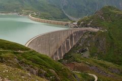 Moserbooden水坝-水电站 免版税库存图片