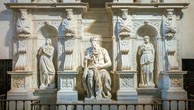 Mosesen från Michelangelo, i kyrkan av San Pietro i Vincoli i Rome, Italien arkivfoton