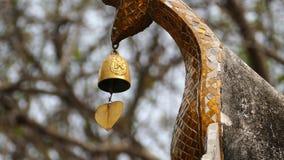 Mosiężny dzwon zbiory