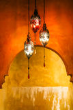 Mosiężny lampion z Żywym tłem Zdjęcia Royalty Free