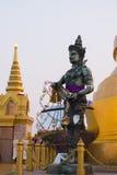 Mosiężny statua kościół w Tajlandia Zdjęcie Royalty Free