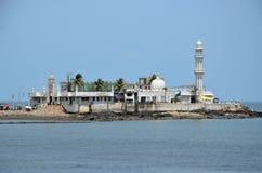Moské Haji Ali i Mumbai Royaltyfria Bilder