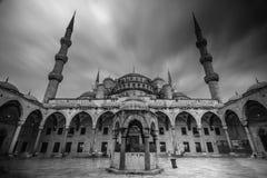 Moské i B&W, Istanbul, Turkiet Fotografering för Bildbyråer