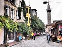 Moské i färgglade Balat, Istanbul Fotografering för Bildbyråer