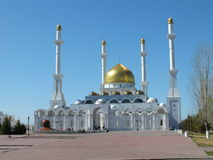Moské NUR ASTANA i Astana Royaltyfria Bilder