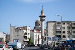 Moské och minaret i Constanta. Arkivbild