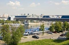 Moskau, Bagrationovsky-Brücke Stockbilder