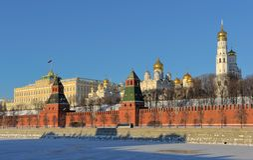 Moskau der Kreml und Moskva-Fluss stockbilder