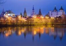 moskau Izmailovo Kremlin abend Stockbilder