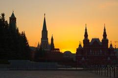 Moskau Kremlin an der Dämmerung Stockbild