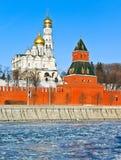 Moskau Kremlin im kalten Winter Lizenzfreie Stockfotos
