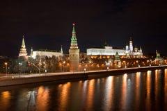 Moskau Kremlin nachts Lizenzfreie Stockfotos