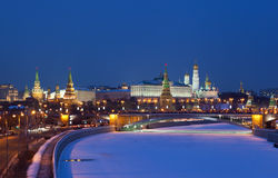 Moskau, Nachtansicht stockbild
