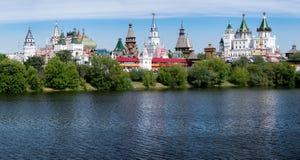 Moskau, panoramisches Foto von Izmajlovo der Kreml Stockfotos