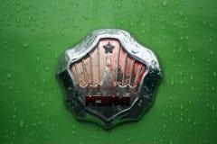 MOSKAU, RUSSLAND - 16. April 2016: sowjetisches Auto der Weinlese, Moskvich - Ausstellung 407 von Mosgortrans Stockbilder