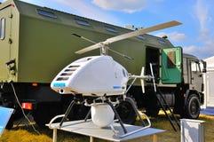 MOSKAU, RUSSLAND - AUGUST 2015: Bewegliches Radarsystem UAV dargestellt an stockfotografie
