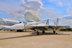 MOSKAU, RUSSLAND - AUGUST 2015: Flanker Su-27 dargestellt am 12. M lizenzfreie stockbilder