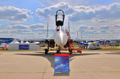 MOSKAU, RUSSLAND - AUGUST 2015: Kampfflugzeug Su-30 Flanker-c pres Lizenzfreie Stockfotos