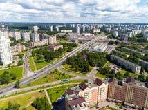 Moskau, Russland - 20. Juli 2017 Ansicht von der Höhe Verwaltungsbezirkes Zelenograd Lizenzfreie Stockbilder