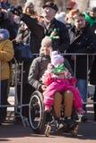 MOSKAU, RUSSLAND - 24. MÄRZ 2018: Leute feiern den TAG des HEILIGEN PATRICK Lizenzfreies Stockbild