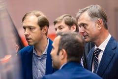 MOSKAU, RUSSLAND - 23. MAI 2015: Minister der Industrie und des Handels der Russischen Föderation Denis Manturov beim HeliRussia  Stockfotografie