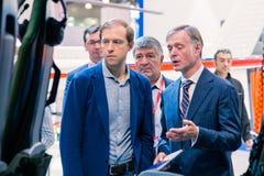 MOSKAU, RUSSLAND - 23. MAI 2015: Minister der Industrie und des Handels der Russischen Föderation Denis Manturov beim HeliRussia  Stockfoto