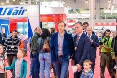MOSKAU, RUSSLAND - 23. MAI 2015: Minister der Industrie und des Handels der Russischen Föderation Denis Manturov beim HeliRussia  Stockfotos
