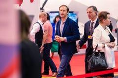 MOSKAU, RUSSLAND - 23. MAI 2015: Minister der Industrie und des Handels der Russischen Föderation Denis Manturov an der HeliRussi Lizenzfreies Stockfoto