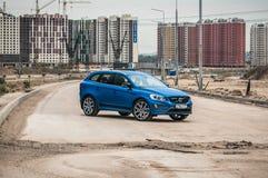 MOSKAU, RUSSLAND - 20. Mai 2017 POLESTAR VOLVOS XC60, VorderSideansicht Test von neuem Polestar Volvos XC60 Dieses Auto ist AWD k Lizenzfreie Stockbilder