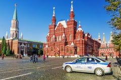 MOSKAU, RUSSLAND 24. SEPTEMBER 2017: Ein Polizeiwagen auf Rotem Platz herein Stockfoto