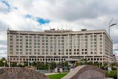 MOSKAU, RUSSLAND - 16. September 2017 - Hotel Radisson Slavyanskaya und Geschäftszentrum auf Europa-Quadrat in Moskau Lizenzfreies Stockbild
