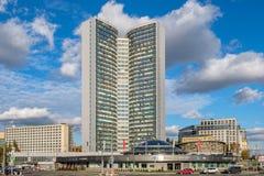 Moskau - 29. September 2018: Stadtlandschaft mit Ansicht über CMEA-Gebäude Haus-Buch, str Noviy Arbat, 36 lizenzfreie stockfotografie
