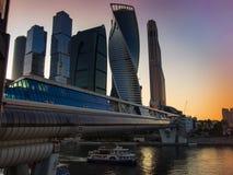 Moskau-Stadt, Russland Moskau-internationales Geschäftszentrum Am Sonnenuntergang Stockfotografie
