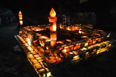 Moskee van zoute bakstenen binnen Khewra-mijn wordt gemaakt die Royalty-vrije Stock Foto