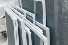Moskito-Netze für Plastik-PVC Windows Lizenzfreie Stockfotos