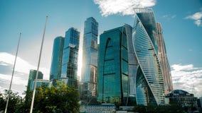 MOSKOU - 28 AUGUSTUS: Tijdtijdspanne van de stad van Moskou op 28 Augustus, 2017 in Moskou, Rusland stock footage