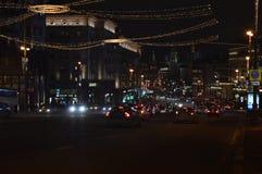 Moskou bij nacht Tverskayastraat stock foto's