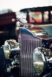 MOSKOU - BRENG 09, 2018 IN DE WAR: Packard Acht 1934 bij tentoonstelling Oldtim Royalty-vrije Stock Fotografie