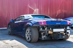 moskou De herfst van 2018 Lamborghini-cabriolet schade aan achtera royalty-vrije stock foto