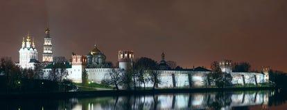Moskou. Het klooster van Novodevichiy. Stock Fotografie