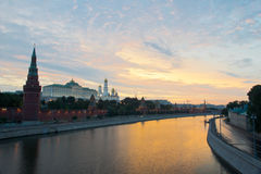 Moskou het Kremlin bij zonsopgang Stock Fotografie