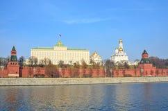 Moskou het Kremlin in de herfst, Rusland stock afbeeldingen