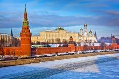 Moskou het Kremlin in de winter stock afbeelding