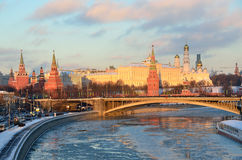 Moskou het Kremlin in de winter, Rusland stock afbeelding