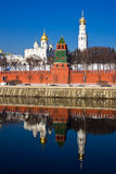 Moskou het Kremlin en bezinning Stock Afbeelding